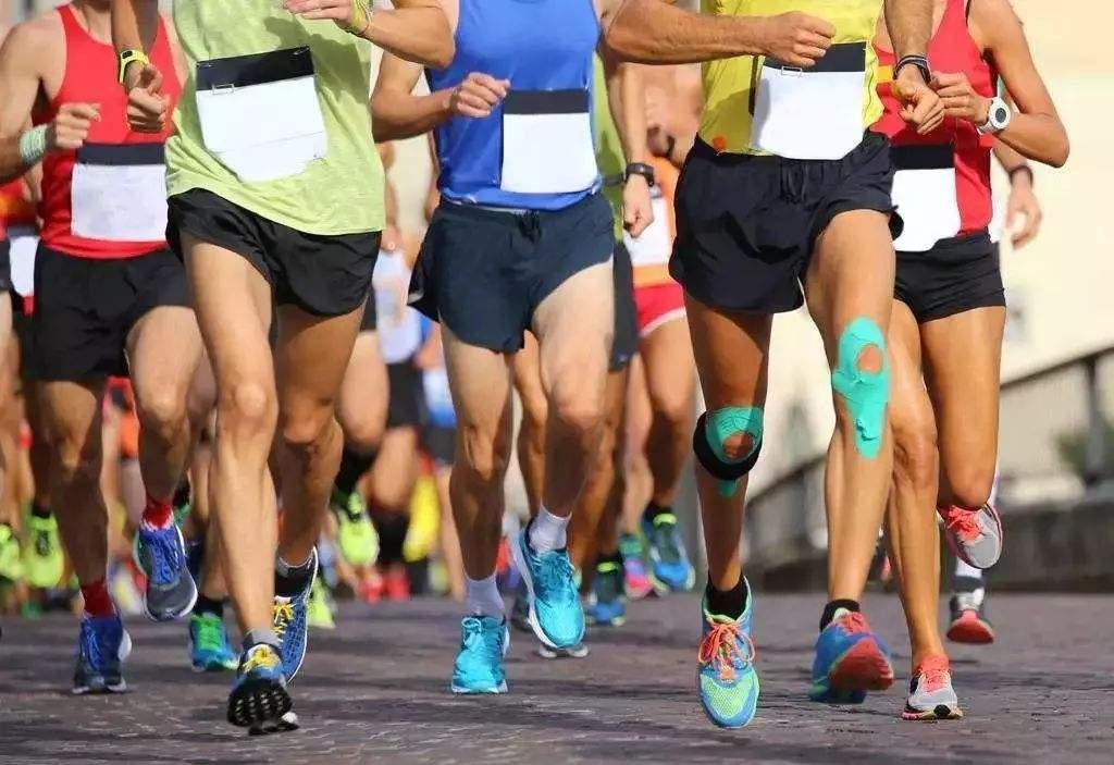 马拉松肌内效贴布贴法
